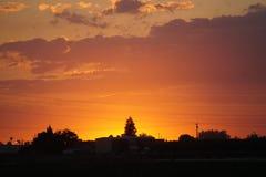 Заход солнца как раз над городом Стоковые Фотографии RF