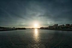 Заход солнца Кен обращенный okinawa Стоковые Изображения RF