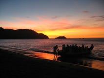 Заход солнца кокосов Playas el стоковое изображение
