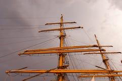 заход солнца корабля высокорослый Стоковые Изображения