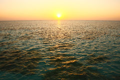 Заход солнца Мальдивов на океане Стоковое Изображение