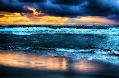 Заход солнца морем стоковое изображение rf
