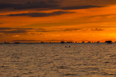 заход солнца моря панорамы ландшафта 3d стоковые фотографии rf