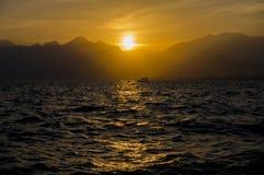 Заход солнца моря Medterranean, изумительный заход солнца в Анталье Стоковое Изображение RF