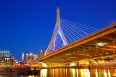 Заход солнца моста Бостона Zakim в Массачусетсе Стоковое Фото