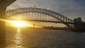 Заход солнца моста гавани Сиднея Стоковые Изображения