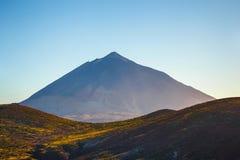 Заход солнца над вулканом Teide в Тенерифе Стоковые Изображения RF