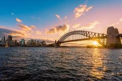 Заход солнца на гавани Сиднее Австралии Сиднея Стоковая Фотография