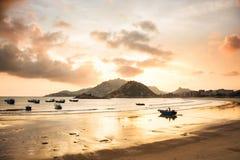 Заход солнца на гавани стоковая фотография rf