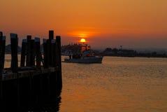 Заход солнца на Галилее, Narragansett, RI Стоковая Фотография RF