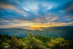 Заход солнца над горами голубого Риджа от утеса таблицы, на оправе Стоковое Изображение