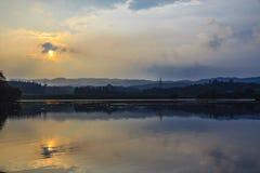 Заход солнца над горой Стоковые Фотографии RF