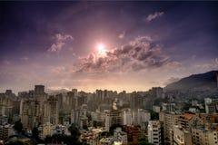 Заход солнца над городом Каракаса стоковое изображение