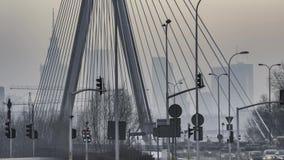 Заход солнца над городской Варшавой сток-видео