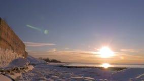 Заход солнца на заливе Балтийского моря, Риги, Латвии 96fps видеоматериал