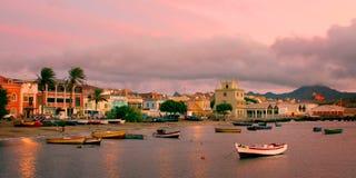 Заход солнца на заливе Mindelo Стоковое Изображение
