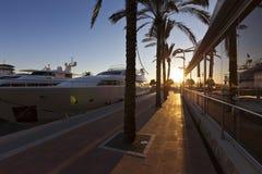 Заход солнца на известных порталах Puerto в Майорке Стоковое Изображение RF