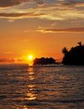 Заход солнца на Мальдивыы Стоковое Изображение RF