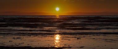 Заход солнца над ирландским морем Стоковая Фотография