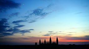Заход солнца над Кембриджем, Великобританией стоковое изображение rf