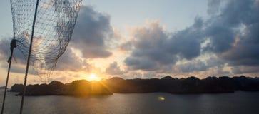 Заход солнца на компасной площадке суда Стоковое Изображение RF