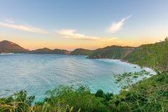 Заход солнца на кристаллических пляжах Pontal делает Atalaia Стоковое Фото