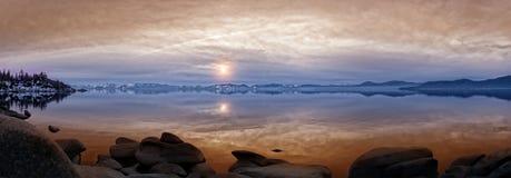 Заход солнца на Лаке Таюое Стоковое Изображение RF