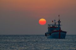 Заход солнца над морем китайца юга Стоковые Изображения RF