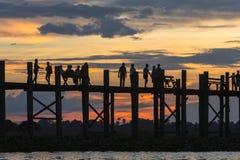 Заход солнца над мостом teak Стоковое Фото