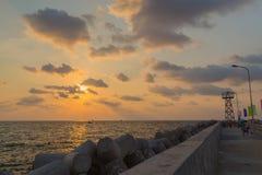 Заход солнца на набережной на порте Phu Quoc, Вьетнама стоковое фото rf