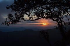 Заход солнца на национальном парке Phu Soi Dao Стоковая Фотография RF