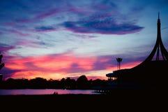 Заход солнца на национальном парке RAMA IX в Таиланде Стоковые Изображения RF