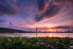 Заход солнца на озере Xuanwu Стоковое Изображение RF