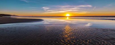 Заход солнца на океане Стоковое Изображение RF