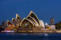 Заход солнца на оперном театре Сиднея, Стоковое Фото