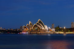 Заход солнца на оперном театре Сиднея, Стоковые Фото