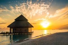 Заход солнца на острове Мальдивов Стоковое фото RF