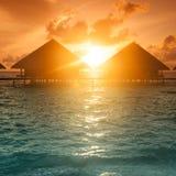 Заход солнца на острове Мальдивов, Стоковая Фотография RF