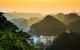 Заход солнца над островом ба кота Вьетнама, Азии Стоковое Изображение RF