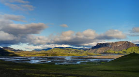 Заход солнца на долине Landmannalaugar стоковые изображения