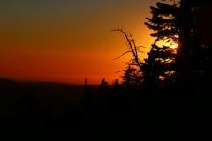 Заход солнца на пике стоковые фотографии rf