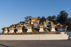 Заход солнца на пропуске Dochula - Бутане Стоковое Фото