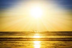 Заход солнца на пляже, Мьянма Стоковое Фото
