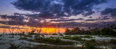 Заход солнца на пляже Флориде любовника ключевом Стоковая Фотография RF