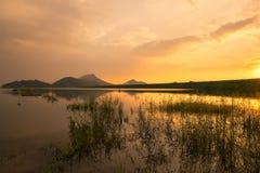 Заход солнца на резервуаре воды Стоковое Изображение