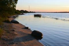 Заход солнца на реке Волге, зоне Yaroslavl Стоковое Фото