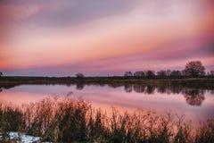 Заход солнца на реке Стоковые Фотографии RF