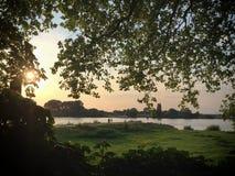 Заход солнца над рекой Рейном Стоковые Изображения