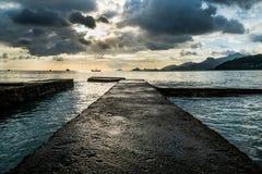 Заход солнца на Сейшельских островах Стоковая Фотография RF