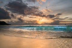 Заход солнца на Сейшельских островах Стоковое Фото